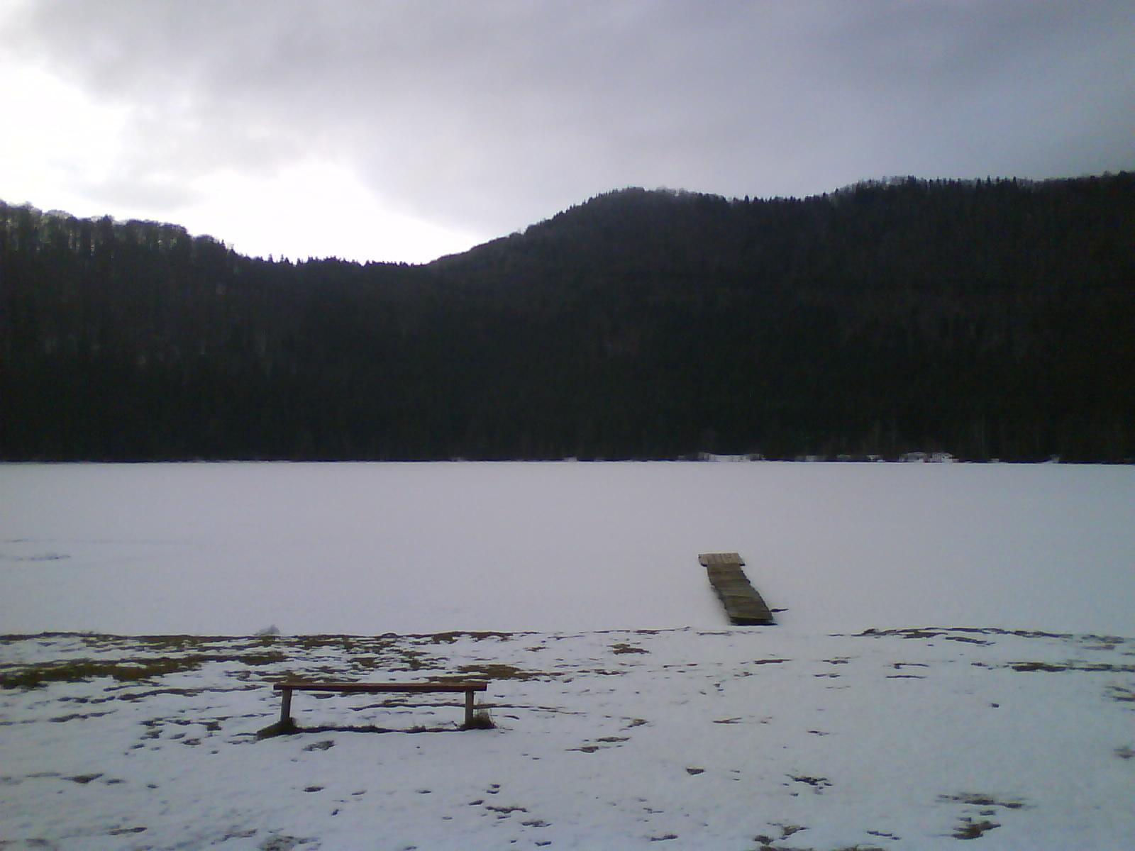 1_Lacul_Sf_Ana_complect_inghetat