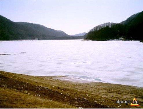 Barajul Paltinu - Lacul Îngheţat