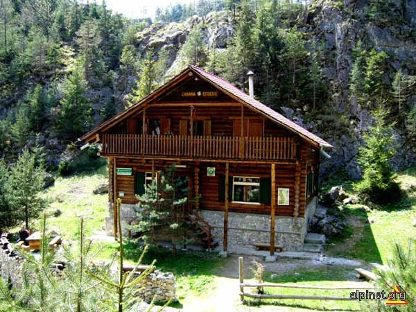 Casa de la munte alina zaharia galeria foto alpinet - La case de l oncle paul ...