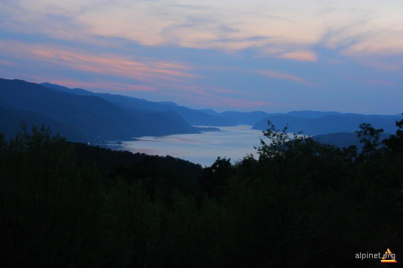 Dunarea la Drencova