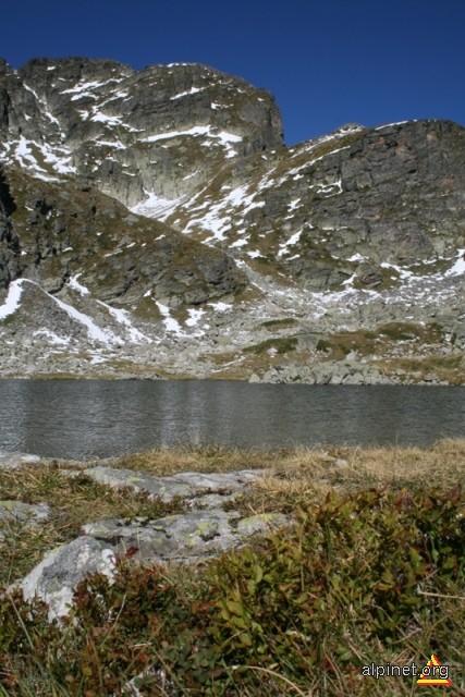 Imagini pentru Lacul Cerbului