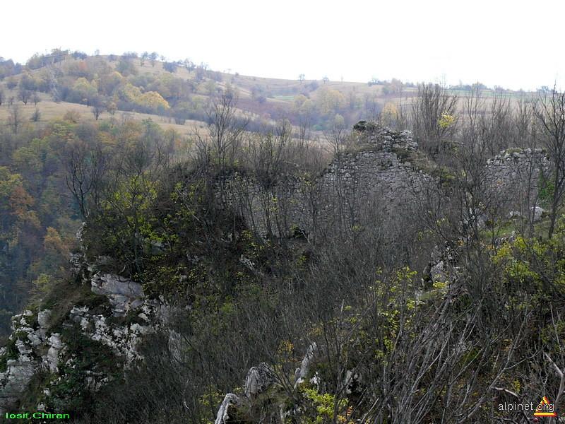 Ruinele cetatii Grat