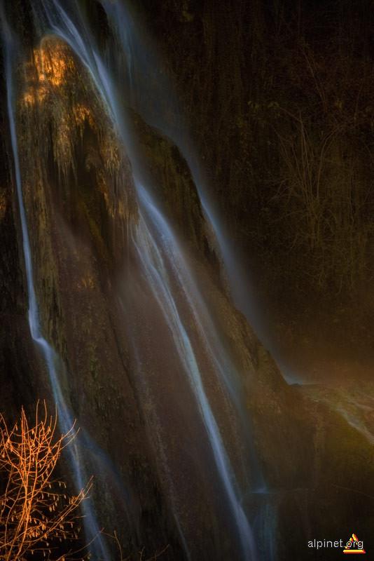 O cascada