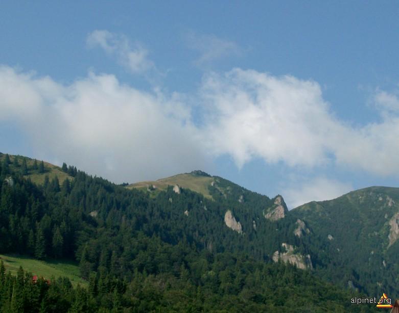Muntele Roşu