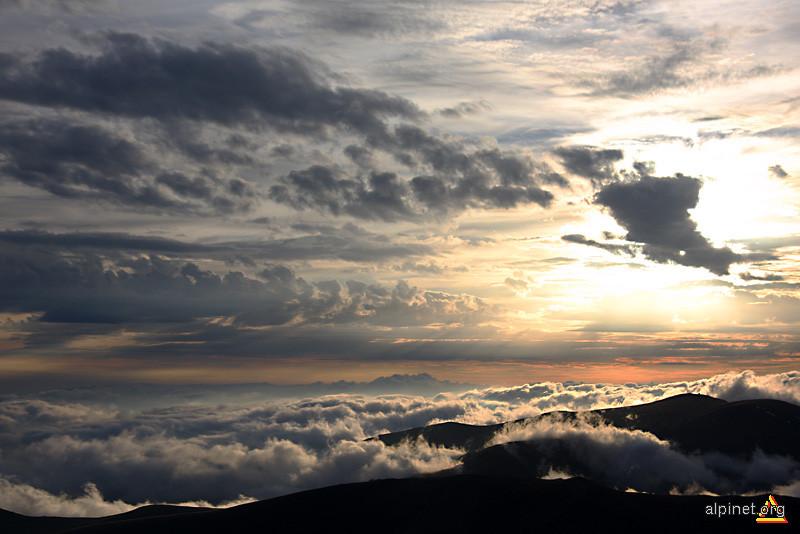 lumea norilor