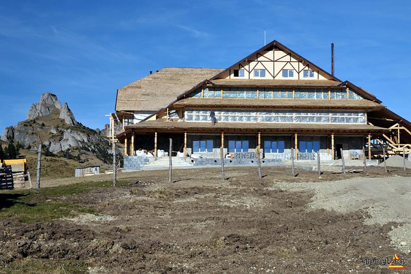 Noua cabana Ciucas