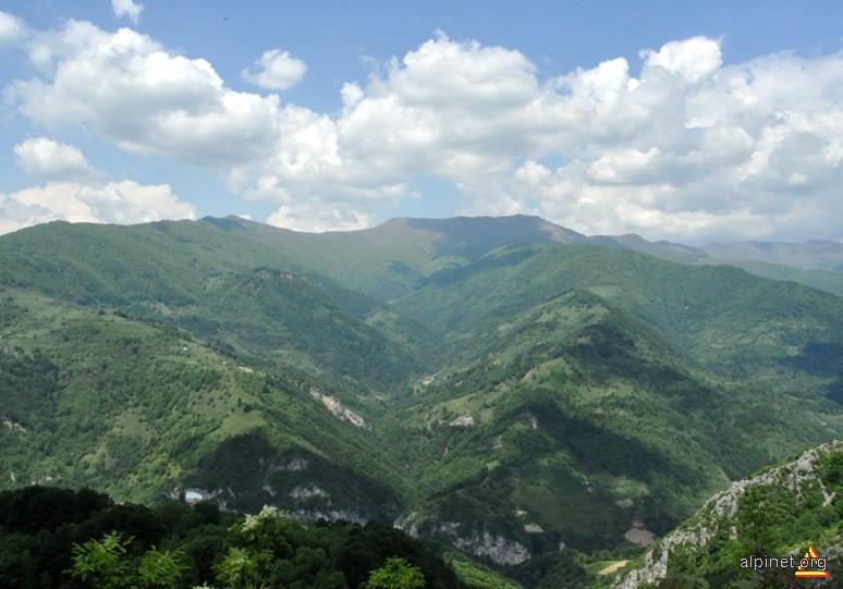Valea Iauna