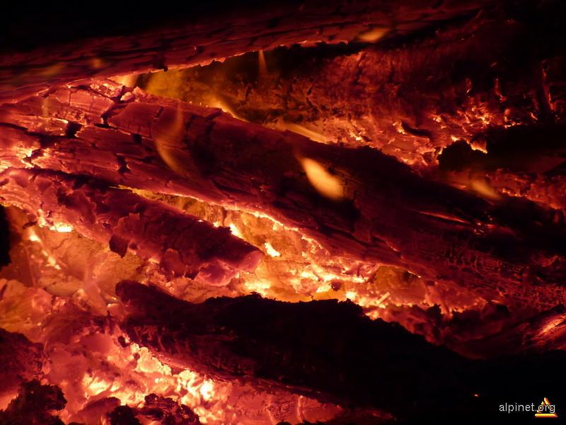La focul de tabara...