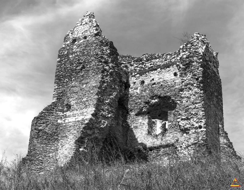Rămăşiţele de la Turnu Ruieni