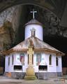 Biserica -  Pestera Ialomitei