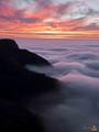 Deasupra norilor...