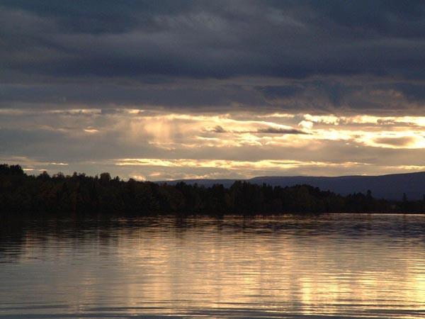 Un lac de aur