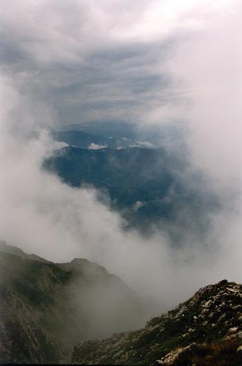 Fereastră de nori