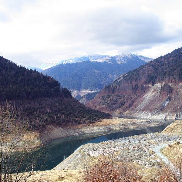 Îmbinarea munţilor şi a anotimpurilor