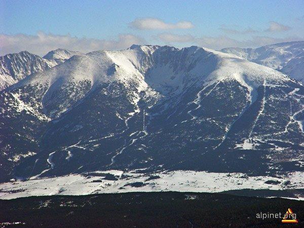Un munte ca o găoace