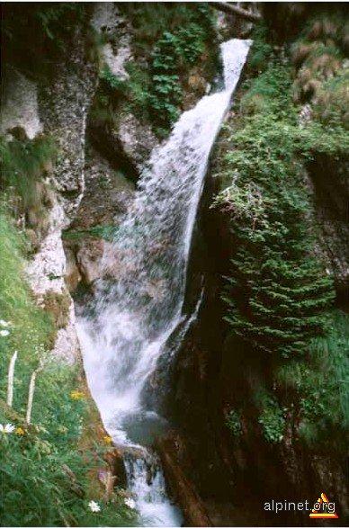 Cascada Burlacului-Valea Horoabei