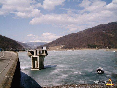 Barajul Paltinu - Îngheţat