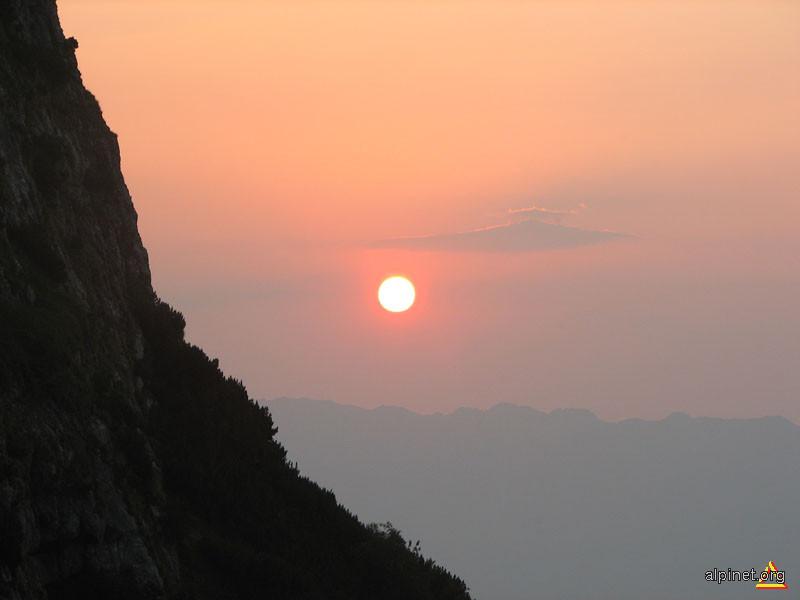 Apus in Valea Ciubotea
