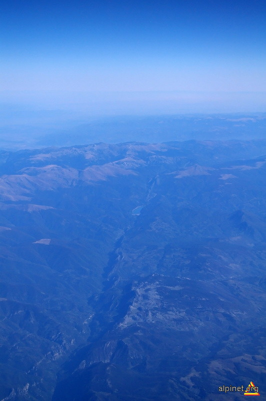 albastrul de la 11000 m