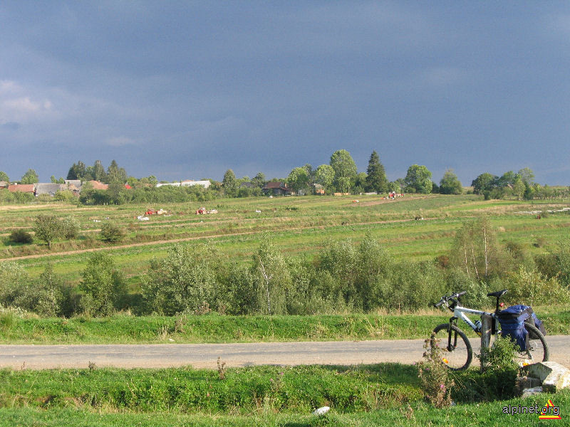 Vedere spre Dângău