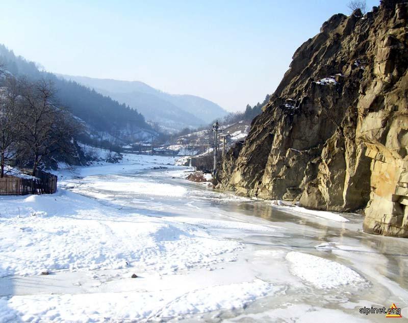 Iarna pe valea Milcovului