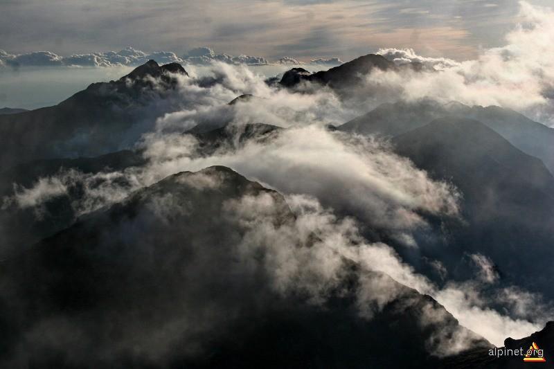 Clocotul norilor 1