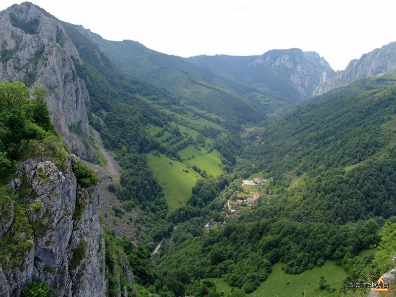 Valea Manastirii