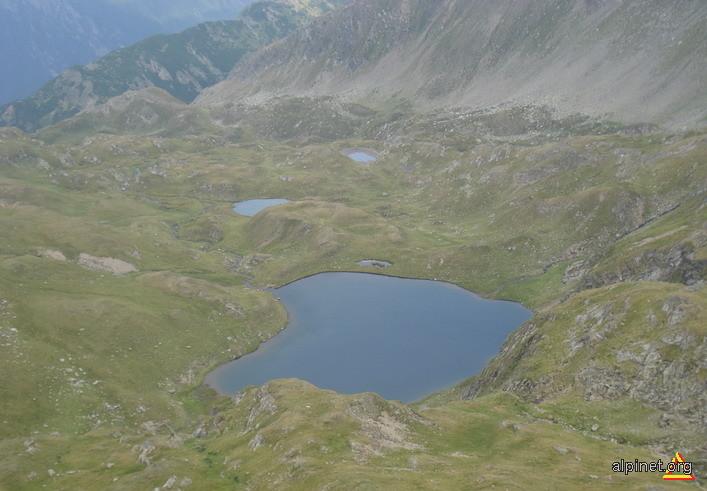 Lacurile din Căldarea Galbena