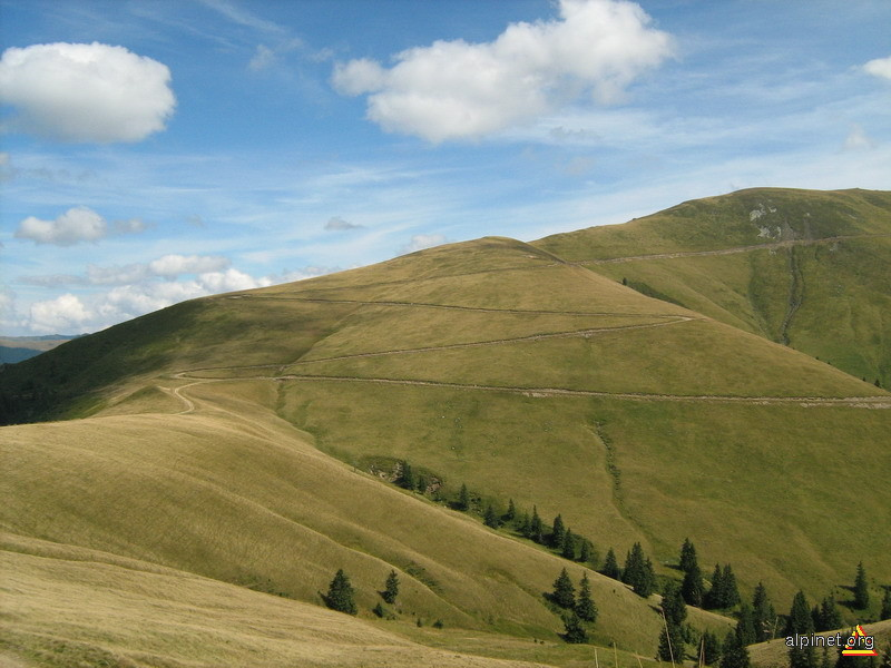 Şerpuind spre Muntele Preotesele