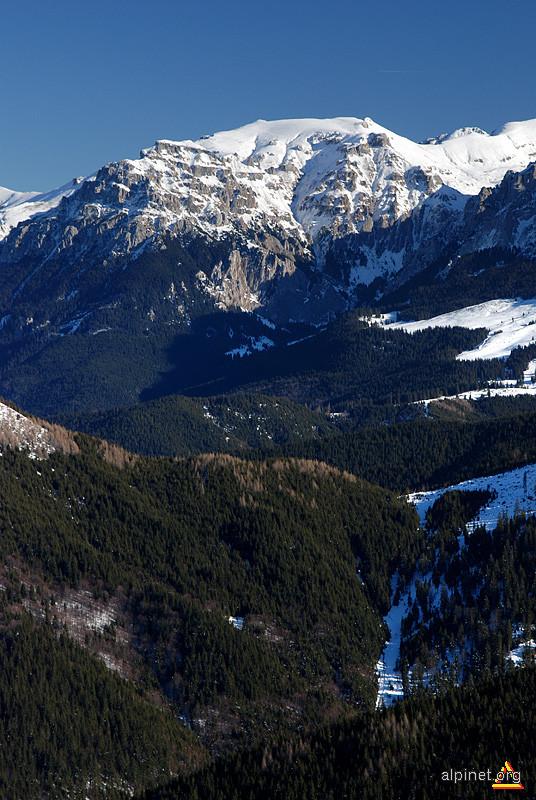 Muntele Scara (2422 m)