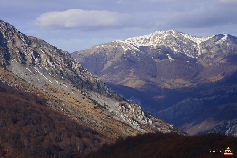 Cliffs and ridges