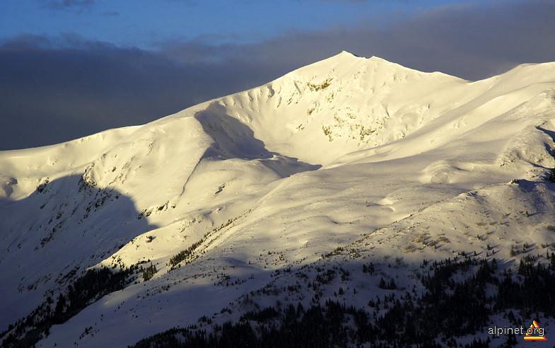 Muntele Ascuns