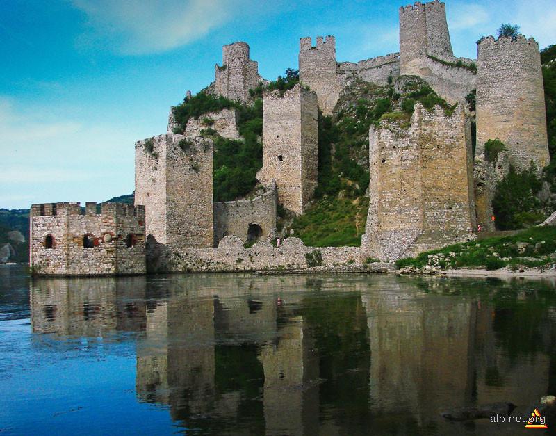 Cetatea Golubac sec XIV