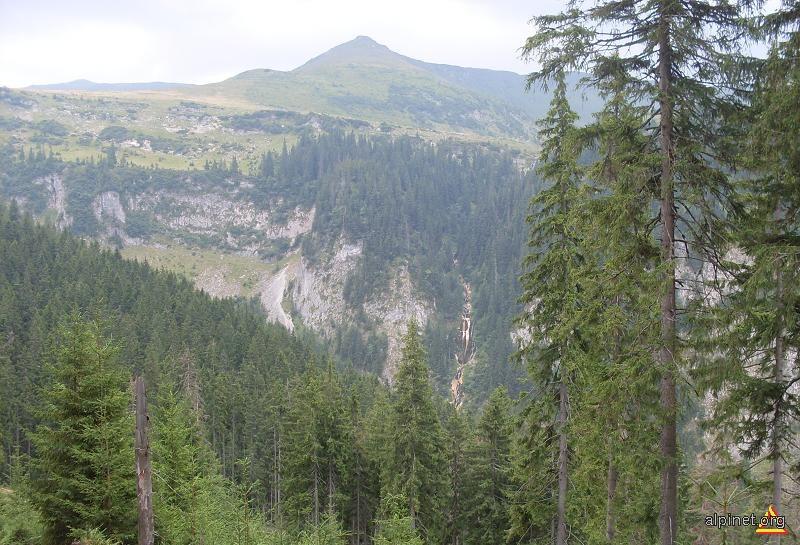 Spre Cascada Cailor