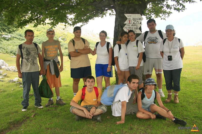 Echipa de lucru din 17 august