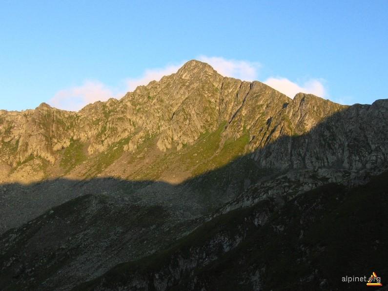 Vâful Tărâţa(Conradt) 2414 m