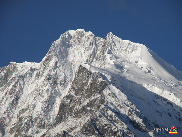 Minya Konka   7.556 m  - China