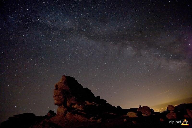 Sfinxul vorbeste cu stelele