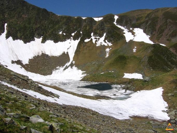 Lacul Avrig si Portita Avrigului.