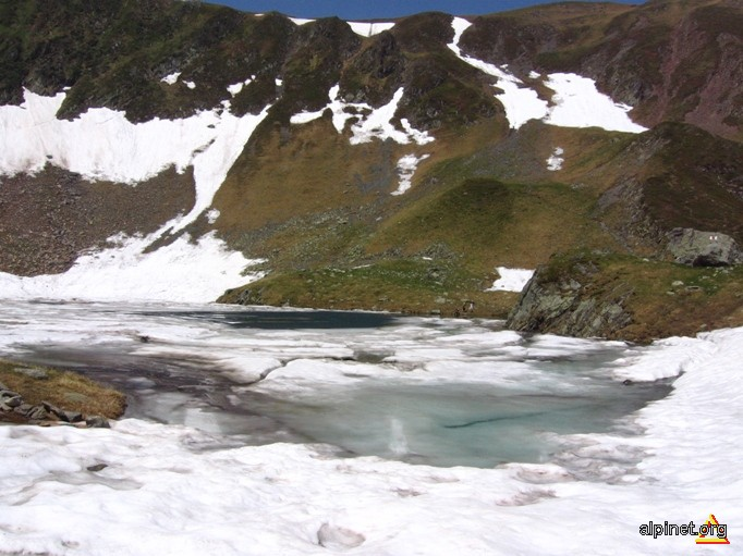 Oglinda Lacului Avrig 2007 m.