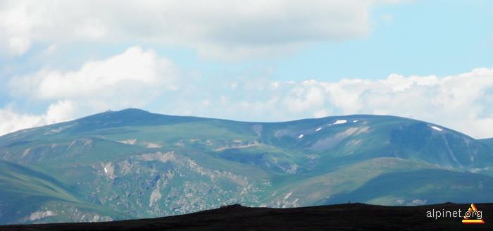 Ţarcu văzut din Godeanu