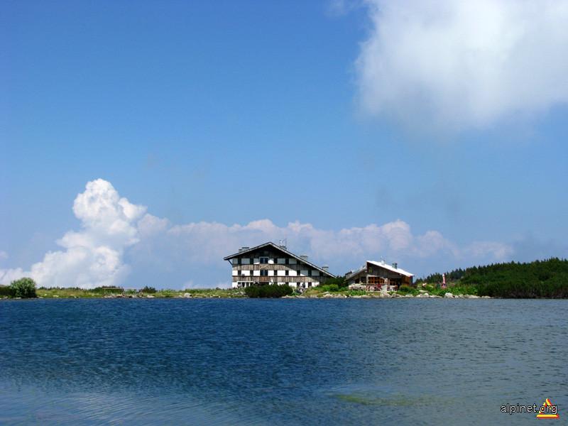 Cabana Bezbog Pirin