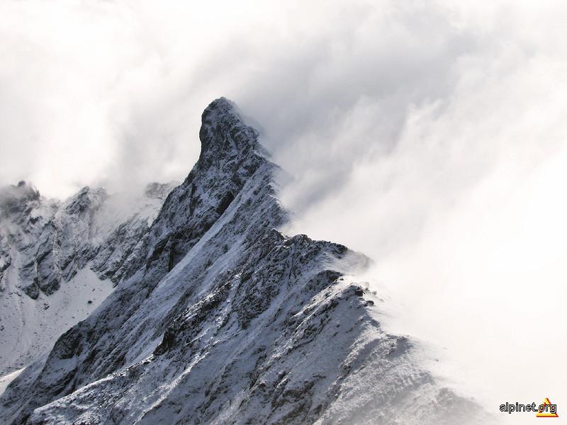 Matterhorn romanesc?
