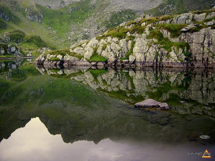 Lacul Podragu