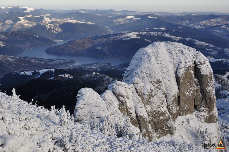 Panaghia si Lacul Izvorul Muntelui