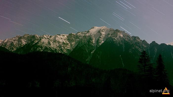 Când stelele alunecă pe cer