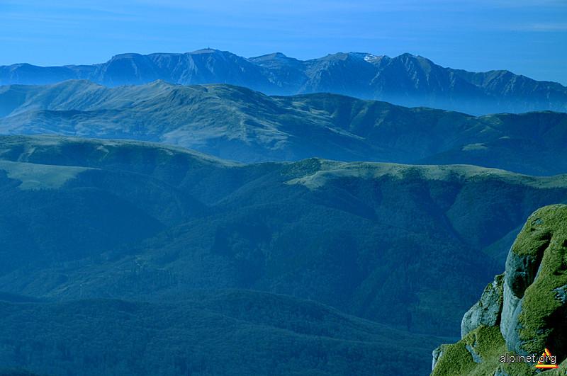 Bucegii vazuti din varful Ciucas