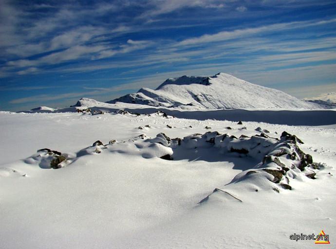 Prima zăpadă din toamna 2010