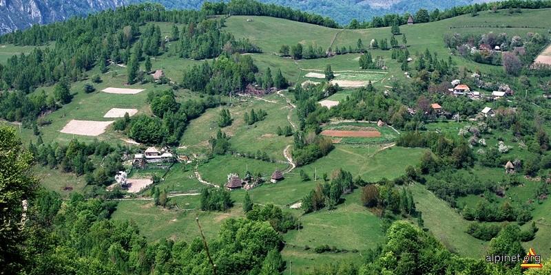Satul Tecsesti