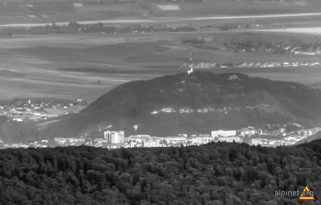 culmea Pietricica si o parte a orasului Piatra Neamt